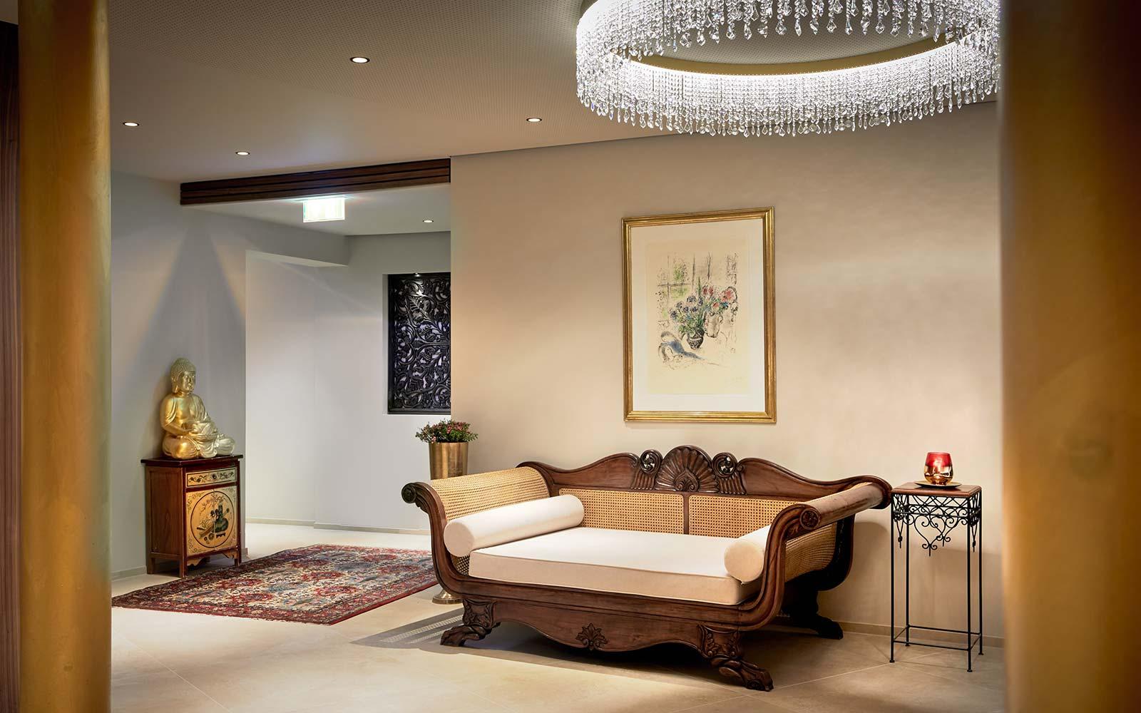Ayurveda Resort Mandira Bad Waltersdorf Couch